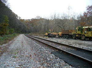 Rail line near Sample Rd